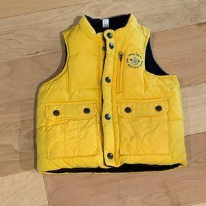 NWOT Boy or Girl Gap size 2 reversible vest